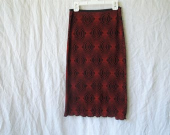 SALE 90s Trippy Red and Black Swirly Print Skirt