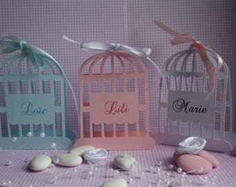 Set of 12 bird cage shaped place cards personalized with names or name of your guests