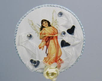 PIC decorative Angel of Christmas ribbons and hearts