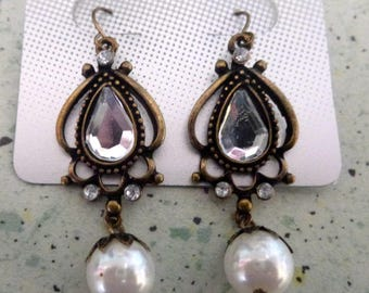 great earrings, vintage