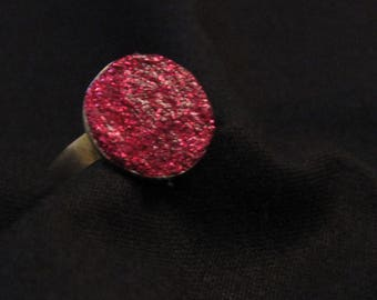 Pink / red sequined ring