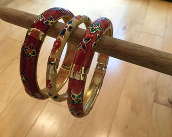 Lovely set of 3 cloisonné hinged bangle bracelets