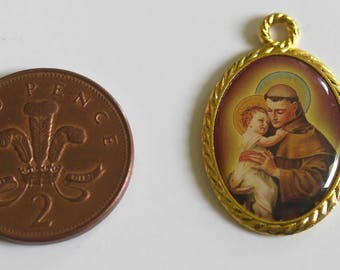 Saint Anthony Pendant (red) - Patron Saint of Lost Things