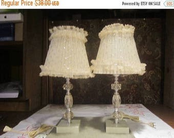 Cut Faux Crystal Bedside Lamp Set Vintage 1950's Softlite Inc Boudoir Frilly Lamp Shades Electric Home Decor Lighting Table Lamp - HD0314