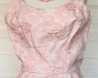 Vintage 1960s Dress Mad Men Wiggle Pink Brocade Metallic 1960s