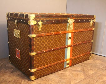 1930s Extra Large Louis Vuitton Courrier Trunk, Malle Louis Vuitton