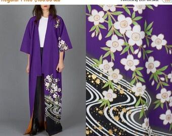 ON SALE Vintage Purple Floral Kimono