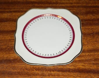 Homer Laughlin Eggshell Nautilus The Cardinal 8 inch square salad plate