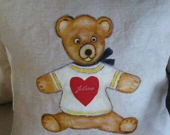 Cushion cover bears Brown painted by hand