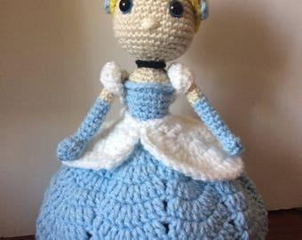 Amigurumi inspired on Cinderella doll