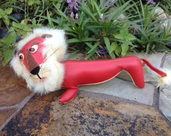 Vintage 1960s Dakin Sawdust Stuffed Animal Dream Pets Red & Cream Faux Leather Lion RARE