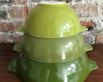 Verde Pyrex Cinderella Bowl Set