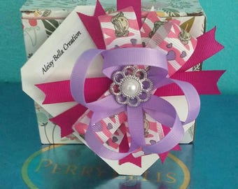 Pink and white Cartoon Pattern, Pink and Purple Bow