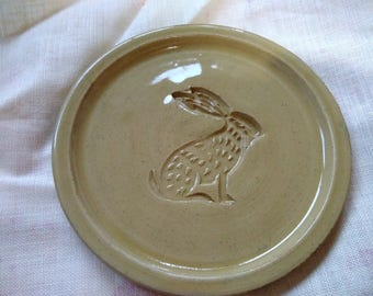 Stoneware Hare side plate