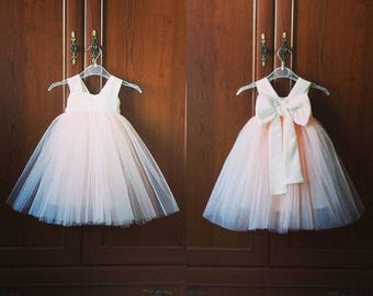 Peach and white Flower girl dress / first birthday tulle dress / newborn dress / baby girl dress / princess/ fotoshoot / first anniversary