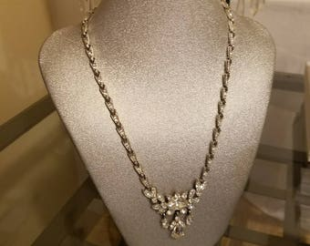 Old Hollywood Glamour. This piece is exquisite. Next best thing to the real thing. Crystal stone 1950's necklace.
