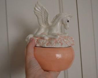 Pegasus container