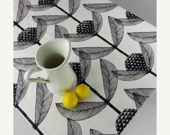 SALE Scandinavian tablecloth | White tablecloth | Rectangle tablecloths  | Christmas tablecloth | Blackberry flower tablecloth