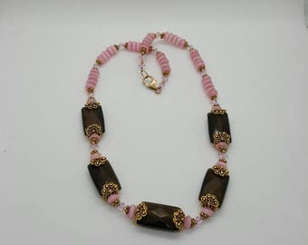 Pink and brown beaded necklace (NK029)