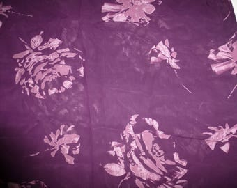 NO. 72-FABRIC CHIFFON TRANSPARENT PURPLE HAS PURPLE PATTERNS