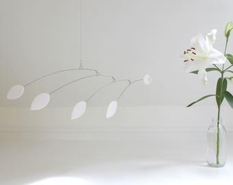 White Hanging Mobile, White Leaf, Modern Mobile, Leaf Mobile, Modern Home, Leaf Art, Botanical Art, Art Sculpture, Minimalism, White decor