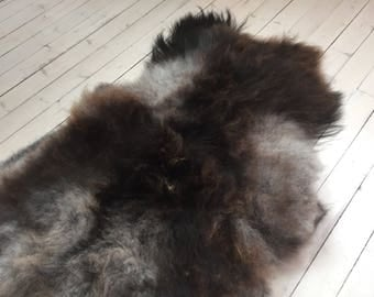 Decorative Sheepskin rug supersoft rugged throw from Norwegian norse breed medium locke length sheep skin brown grey 18034