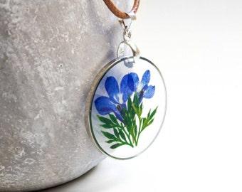 Blüten-Bildkette in Blau