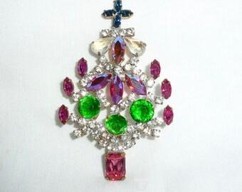 Czechoslovakian Czech glass CHRISTMAS TREE BROOCH pin