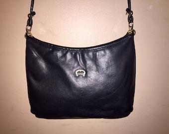 ETIENNE AIGNER VINTAGE 10.5 X 6 X 1.5  Black Leather Shoulder Bag