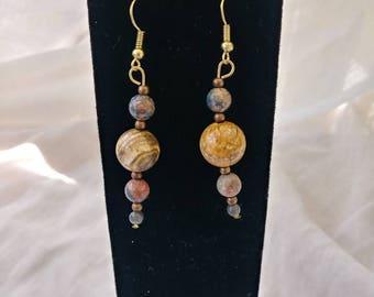Naturally neutral gemstone bead earrings