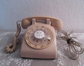 Vintage Pacific Bell Beige Rotary Telephone