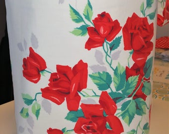 Vintage tote, bag, wilendur, red roses, red, roses, green, white, valentine gift, polkadots,