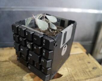 Black floppy flower pot