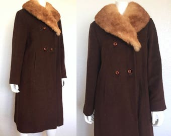 1950s Coat with Fur Collar / 50s Wool Coat / Retro Wool Coat / Vintage Coat / Vintage Winter Coat / Small Coat / Medium Coat