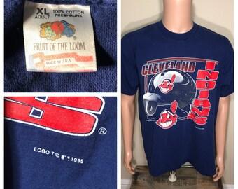 Vintage Cleveland Indians shirt // big Chief wahoo logo // adult size xl // logo 7 shirt  // 90s retro baseball mlb //