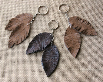 Boho Leather Feather Keychain / Essential Oil Diffuser / Bohemian Accessory