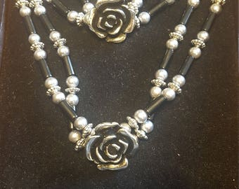 Silver and Black Rose Set