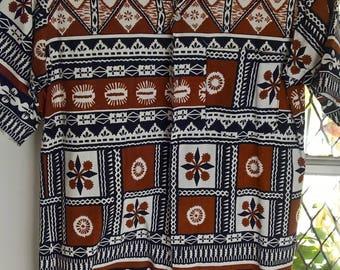 Vintage  80s Handprinted Shirt of Fiji Size S