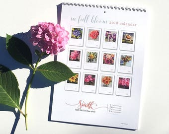 2018 Calendar // in full bloom // calendar // floral calendar // art calendar // flower paintings calendar // artist calendar // fine art