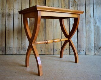 Antique Occasional Table - Vintage Wooden Plant / Flowers Stand in Beech Wood with Curved X Shaped Legs - 1950s Design Mid Century Furniture