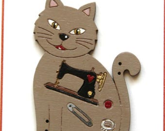 Sewing cat button 2