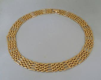 Napier Collar Necklace Gold Tone Vintage Link Yellow Gold Metal Versatile Everyday Choker 1980s Vintage Jewelry