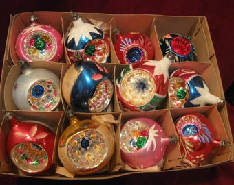 One Dozen 0RNATE INDENT MERCURY GLASS Christmas Ball Teardrop Ornament Poland & Shiny Brite, Vintage 1950s Colorful Hand Painted Glitter 734