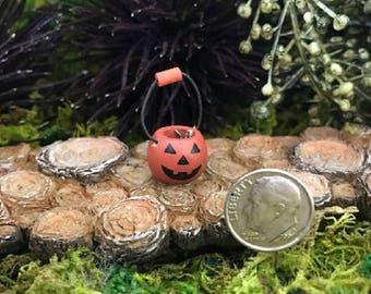 Miniature Teeny Pumpkin / Jack'O'Lantern Basket