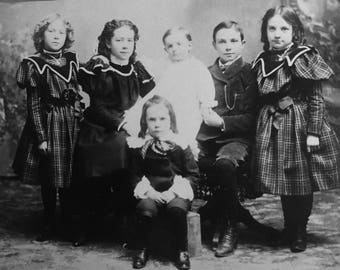 Odenbaugh Family 1900 Christmas Picture