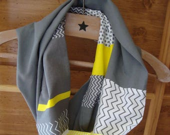 "Snood ""gray and yellow"""
