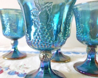 4 COLONY Harvest Carnival Water Goblets, Blue Grapes Carnival Glass Water Goblets, Large Blue Iridescent Wine Glasses