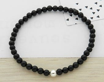 Onyx stone and silver ball bracelet