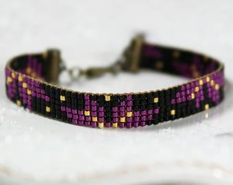 Bracelet poinsettia de Noël noir et violet en perles Miyuki - Once Upon a Fantasy Hiver 2017