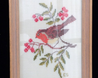 Framed Cross Stitch Bird Picture. Cross Stich Song Bird Embroidery in Wooden Frame. ROP0229